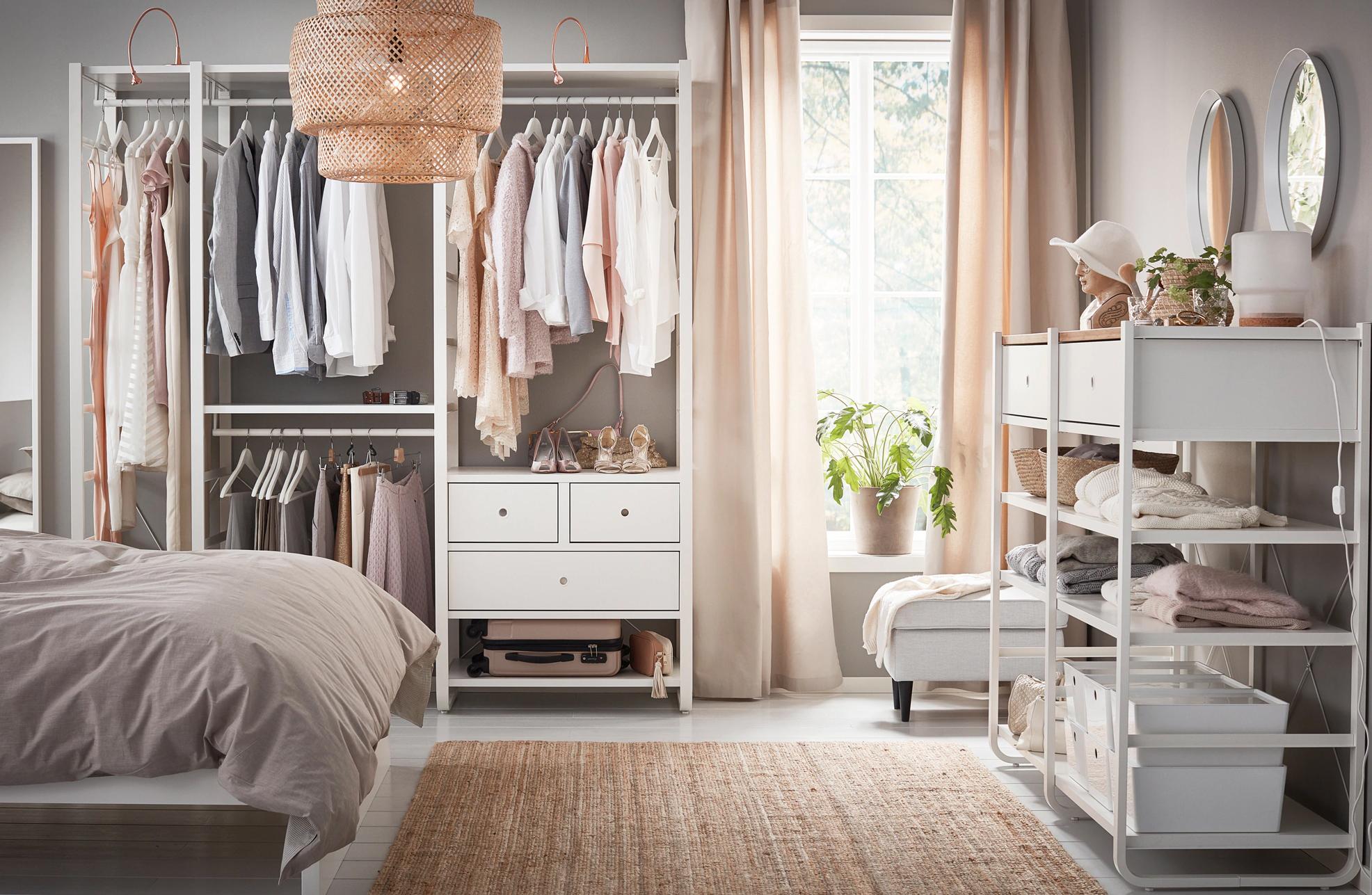 Organizácia šatníka ľahko a rýchlo
