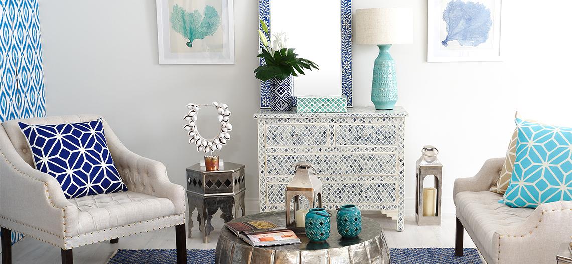 Štýl Hamptons: Obklopte sa námorníckou modrou s ligotavým luxusom