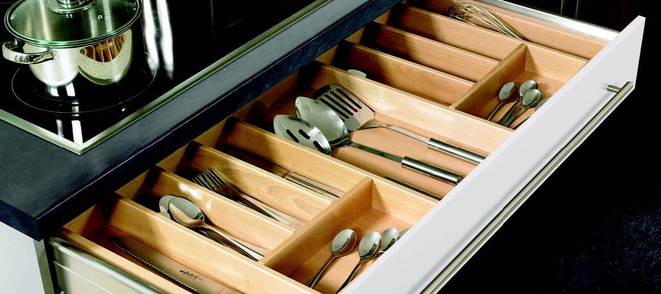 Chytré organizéry a ďalšie vychytávky pre väčší poriadok v kuchyni