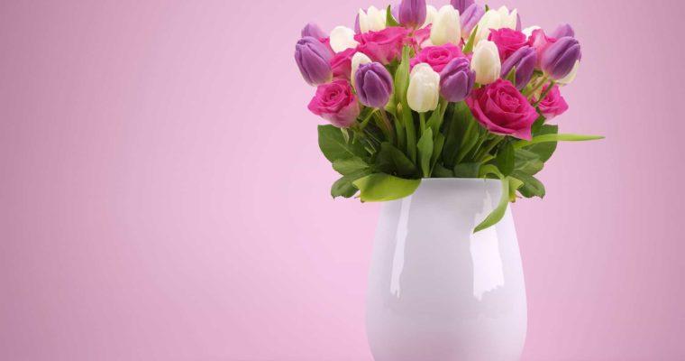 Veľká váza ako jedinečná dekorácia! Tipy, kam ju umiestniť