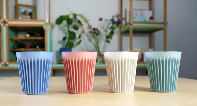 Izolačné poháre sú praktické aj štýlové